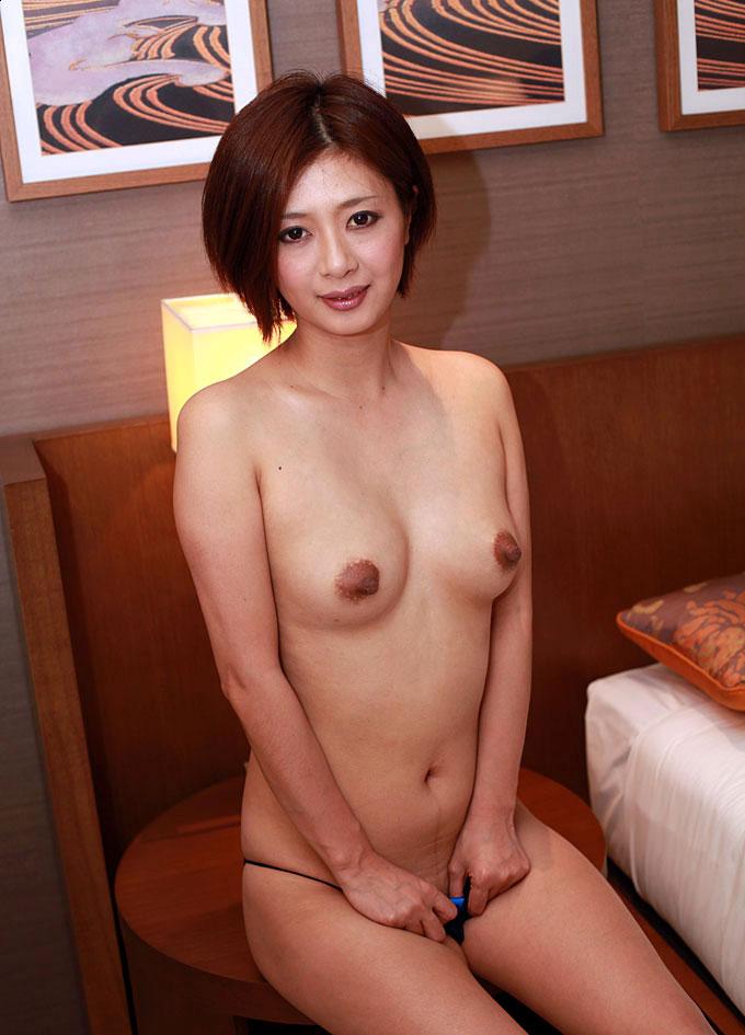 【美熟女エロ画像】金払ってでも抱きたい!妖艶な魅力の美熟女! 05