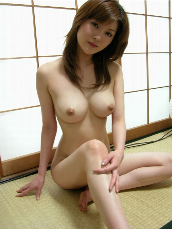 【美熟女エロ画像】金払ってでも抱きたい!妖艶な魅力の美熟女! 30