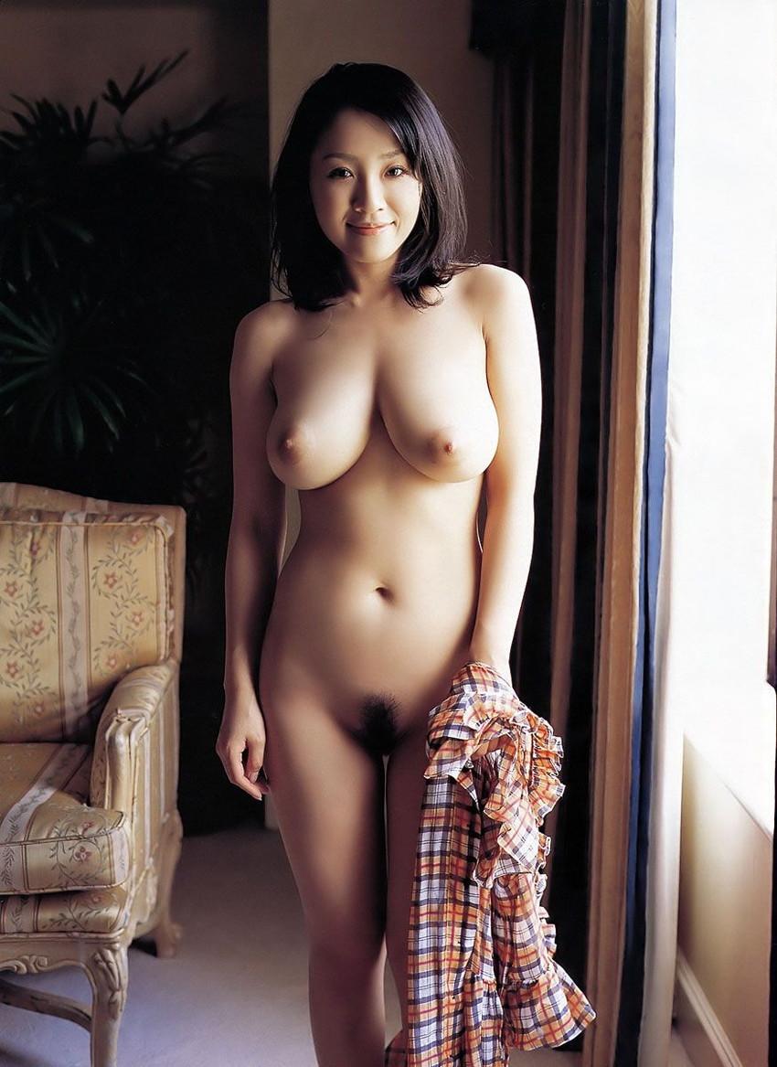 【美熟女エロ画像】金払ってでも抱きたい!妖艶な魅力の美熟女! 45