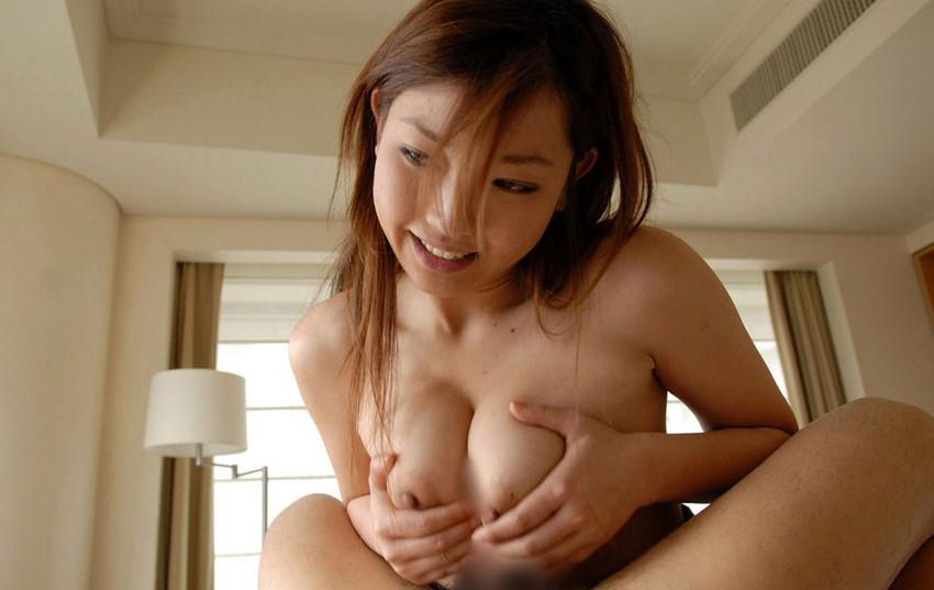 【パイズリエロ画像】巨乳が好き!ってヤツこんなパイズリされたいと思わないか!? 25