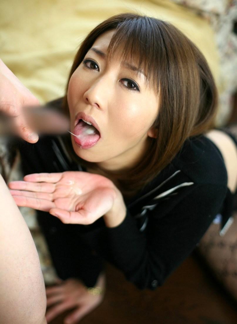 【口内射精エロ画像】たっぷりとお口に注がれたザーメンが卑猥すぎるだろ! 18
