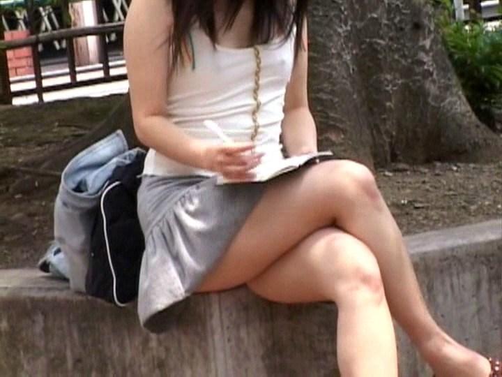 【胸ポチエロ画像】ノーブラって素晴らしい!着衣に浮き出した胸ポチ!w 31