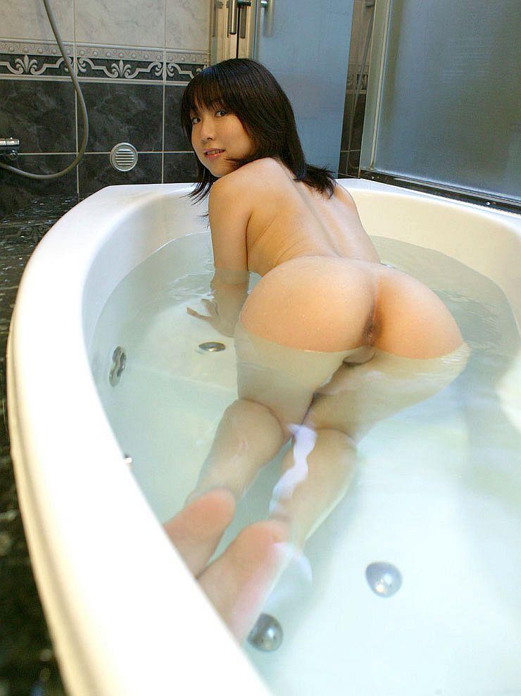 【入浴エロ画像】女の子が全裸で入浴している姿がグゥ!ヌケる!ww 06
