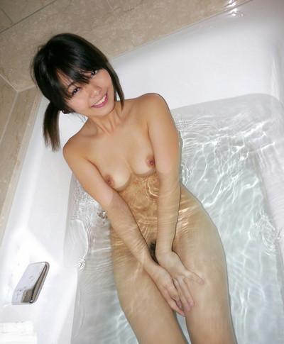 【入浴エロ画像】女の子が全裸で入浴している姿がグゥ!ヌケる!ww 58