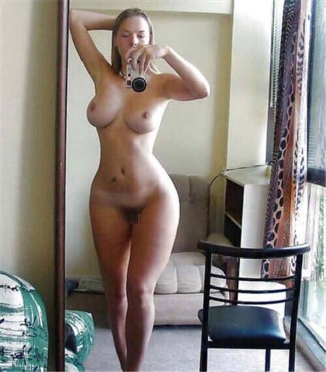 【海外自撮りエロ画像】海外女性の自撮り画像がめっちゃシコなんだが!? 33