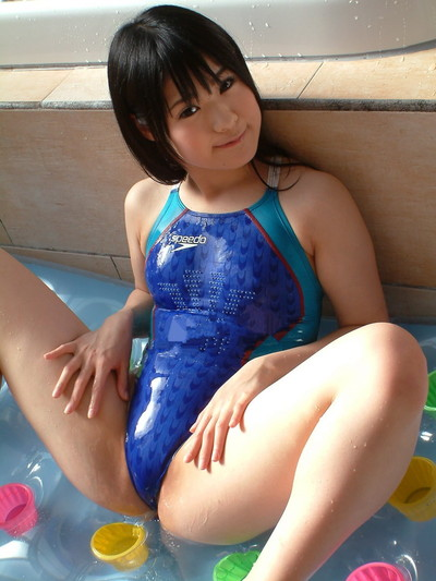 【競泳水着エロ画像】おまいら!油断するなよ!競泳水着ってエロいんだぜ! 02
