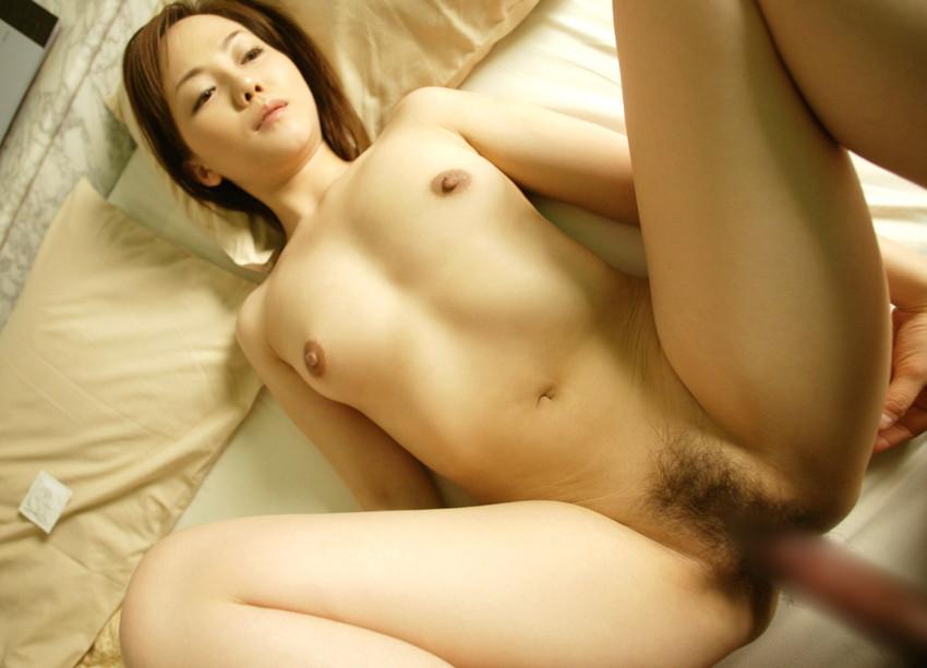 【正常位エロ画像】愛を感じたいならこの体位だろ!?正常位でセックスする男女 23