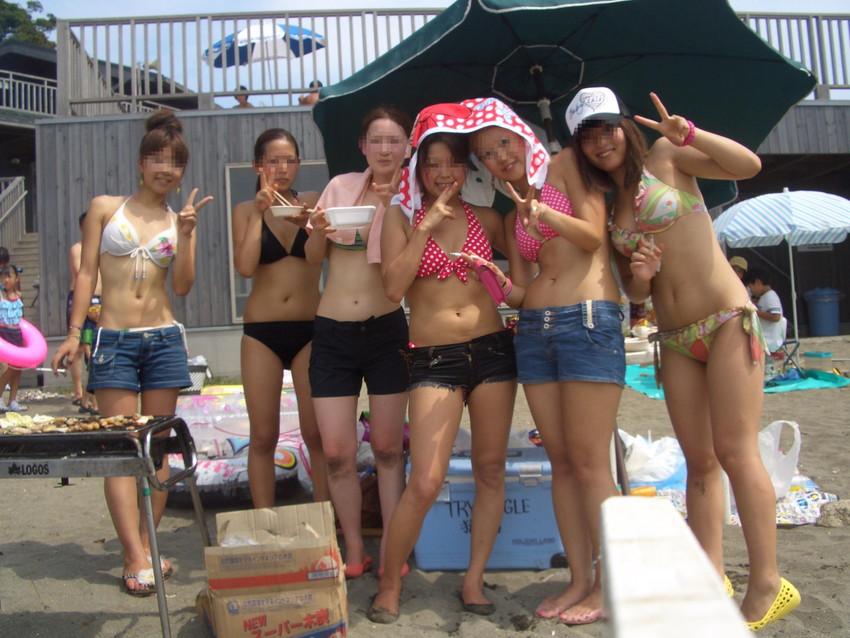【素人水着エロ画像】素人娘たちのプライベート水着ショット満載! 06