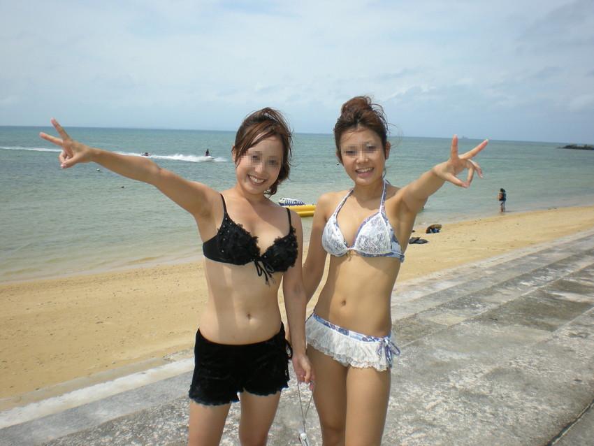 【素人水着エロ画像】素人娘たちのプライベート水着ショット満載! 12