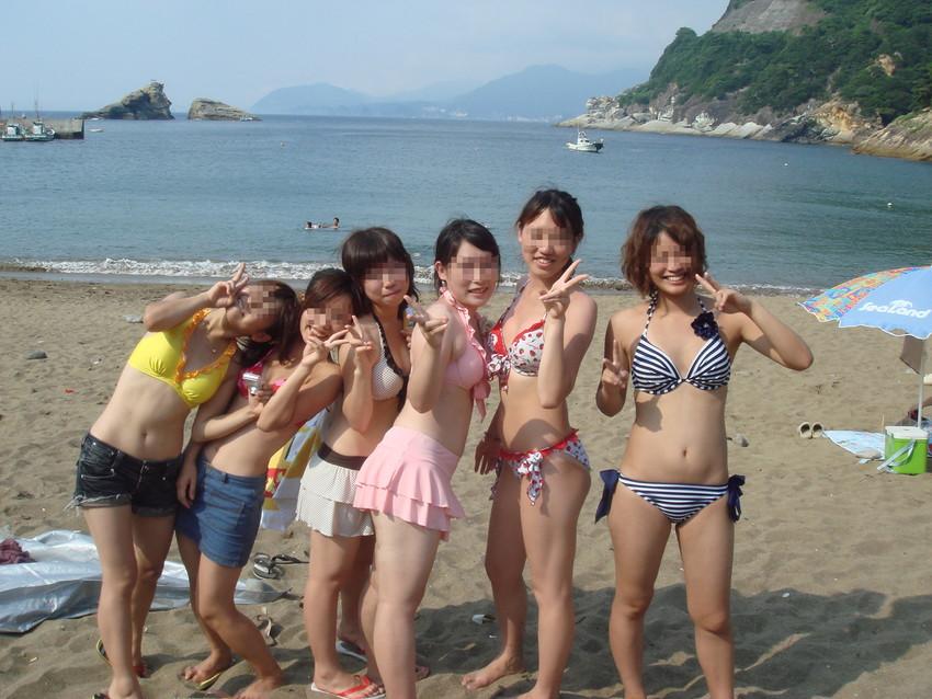 【素人水着エロ画像】素人娘たちのプライベート水着ショット満載! 30