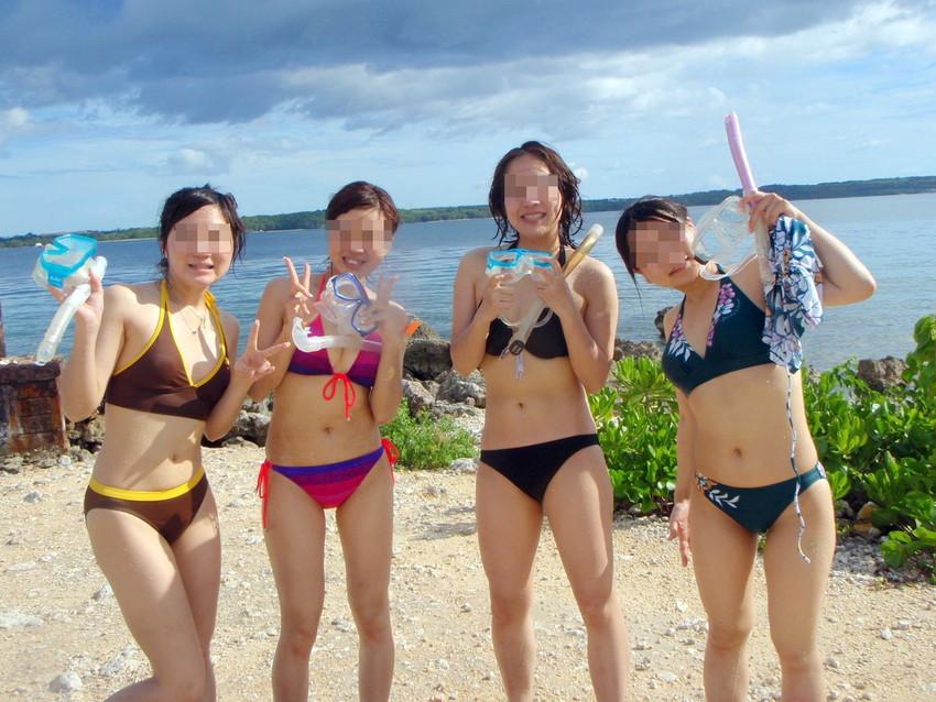 【素人水着エロ画像】素人娘たちのプライベート水着ショット満載! 42