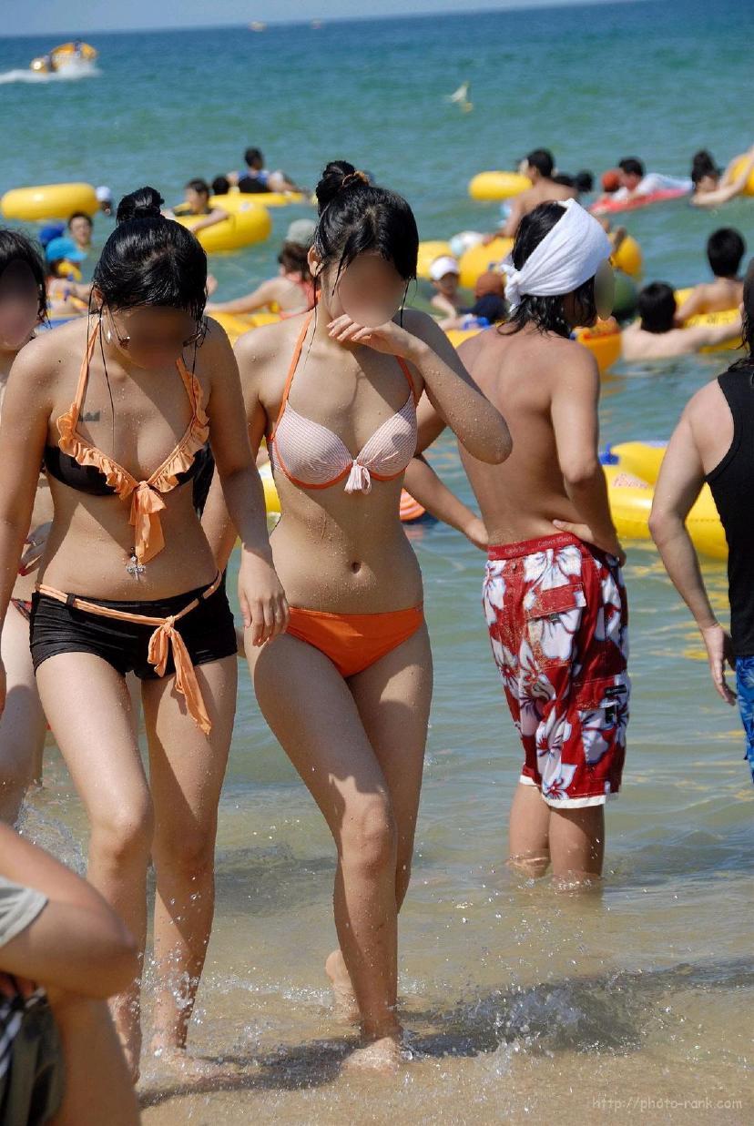 【素人水着エロ画像】素人娘たちのプライベート水着ショット満載! 47
