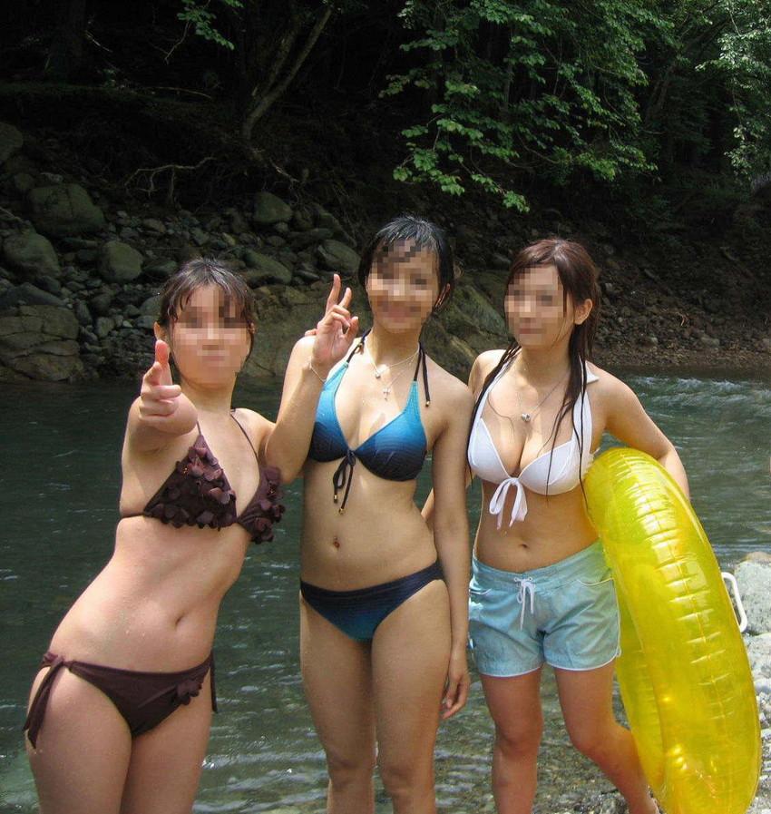 【素人水着エロ画像】素人娘たちのプライベート水着ショット満載! 50