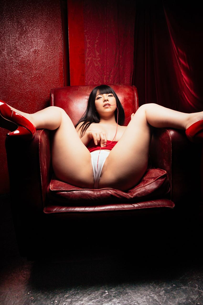 類まれなそのルックスで一気に大人気AV女優に上り詰めた上原亜衣! 05