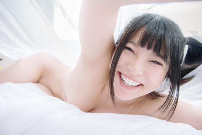 類まれなそのルックスで一気に大人気AV女優に上り詰めた上原亜衣! 37