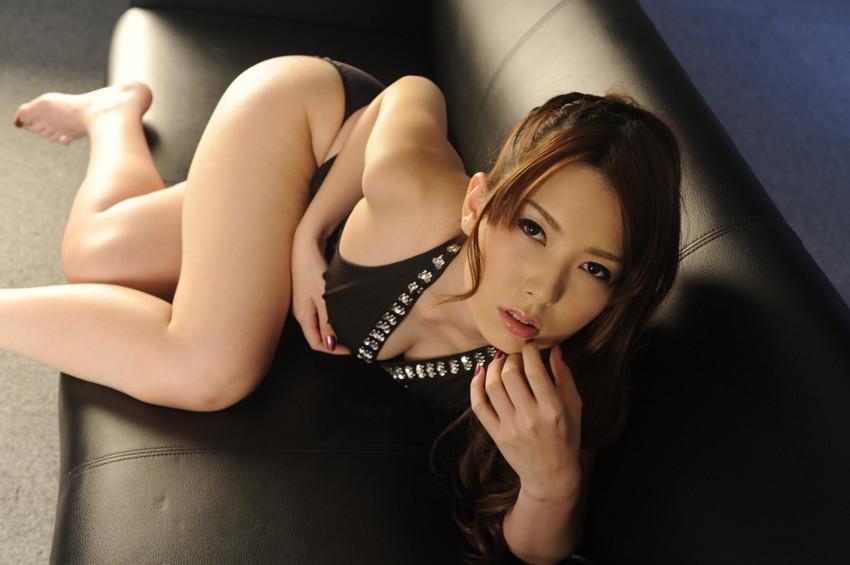 【波多野結衣エロ画像】歴代のAV女優の中でも筆頭になるほどの人気AV女優 38