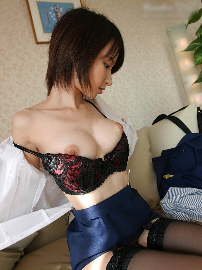 【美巨乳エロ画像】男ならやっぱり見ちゃうだろ!?美しすぎる美巨乳! 02