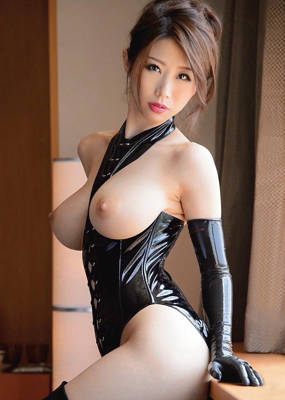 【美巨乳エロ画像】男ならやっぱり見ちゃうだろ!?美しすぎる美巨乳! 45