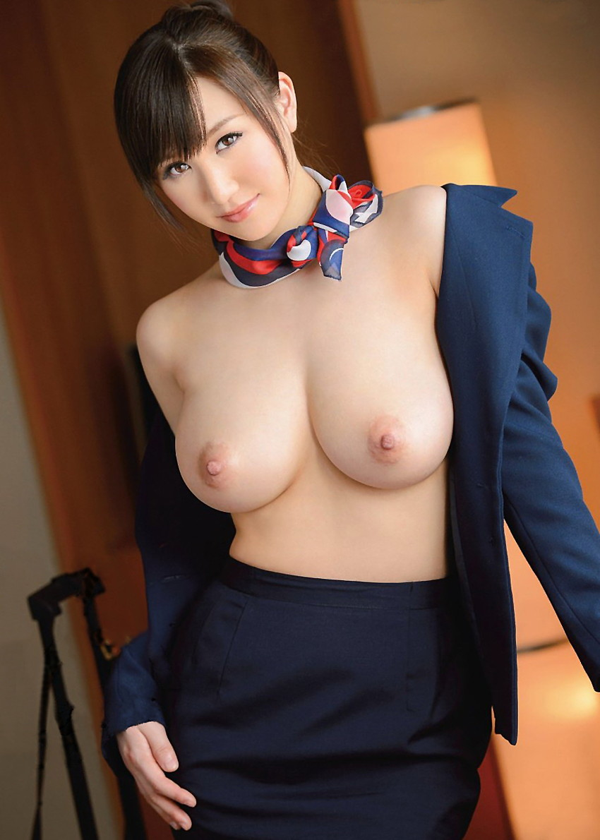 【美巨乳エロ画像】男ならやっぱり見ちゃうだろ!?美しすぎる美巨乳! 46