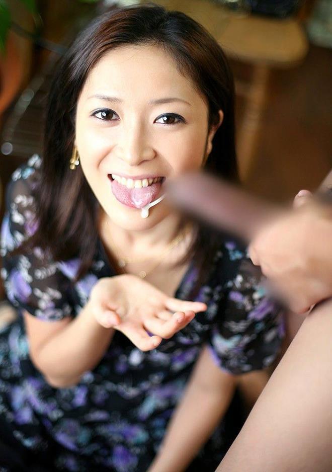 【口内射精エロ画像】射精感を感じたならばそのまま口内へと注ぎ込む! 45