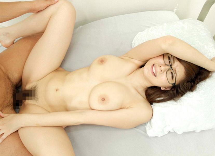 【正常位エロ画像】女性が一番、愛を感じるという体位がコチラwww 13