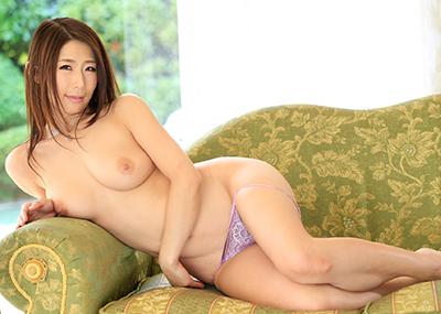 【美熟女AV女優エロ画像】熟女でありながらも美しい日本のAV女優がコチラw