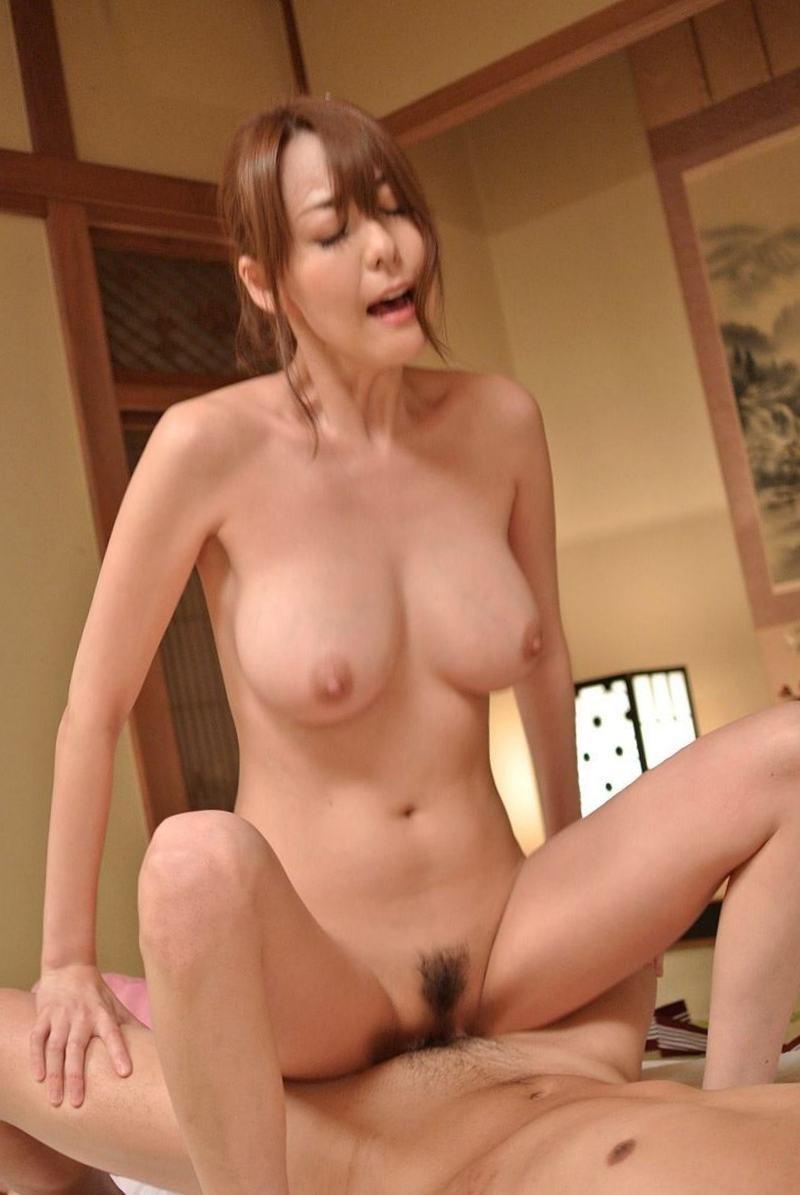 【美熟女AV女優エロ画像】熟女でありながらも美しい日本のAV女優がコチラw 12
