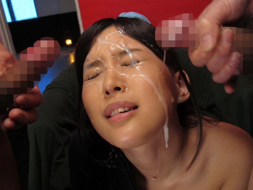 【顔射エロ画像】女の子の顔にザーメンがドロリ!征服欲を満たす顔射! 24