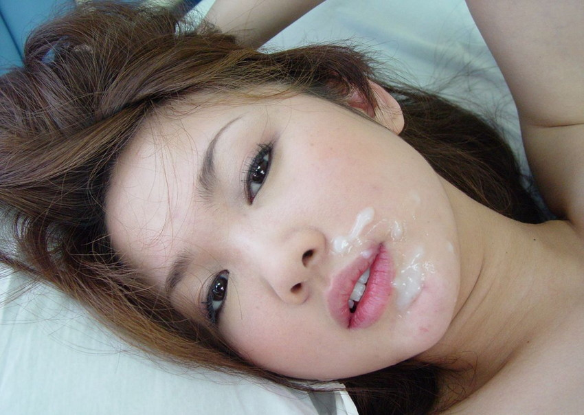 【顔射エロ画像】女の子の顔にザーメンがドロリ!征服欲を満たす顔射! 46