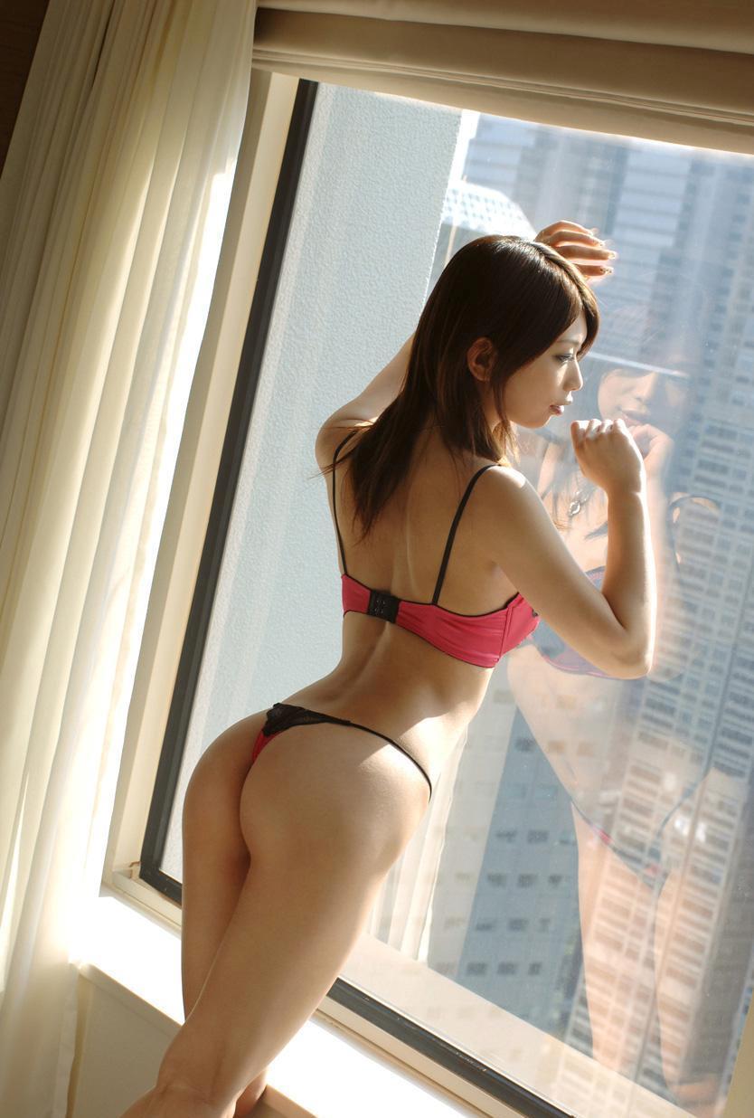 【美尻エロ画像】何時間見ていても見飽きることのない女の子たちの美尻! 48