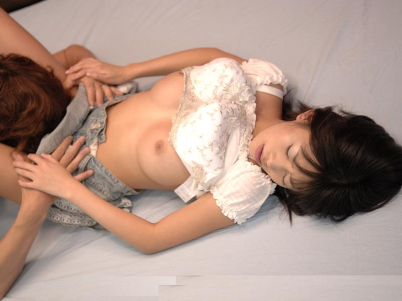 【クンニリングスエロ画像】オマンコを舐めての愛撫!これがクンニリングスというプレイw 19