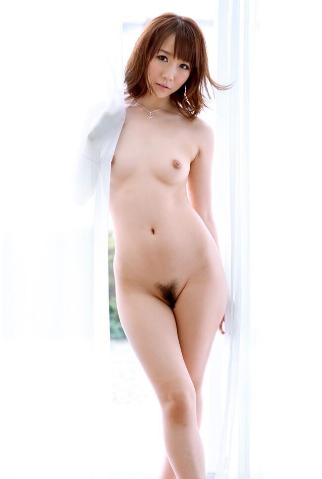 【美乳エロ画像】やっぱりおっぱいは綺麗な方が絶対にいいよな!? 27