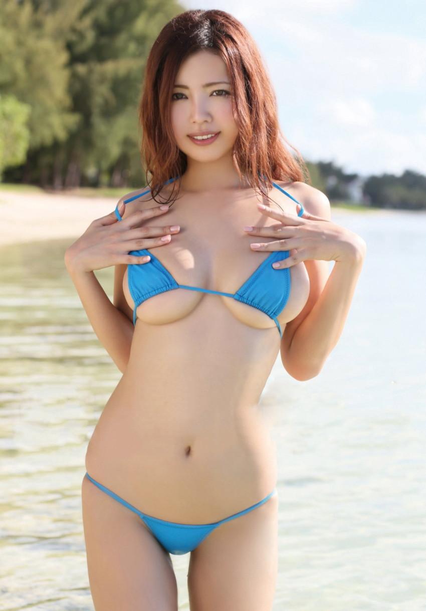 【水着エロ画像】時期は外している!だが異常にホットな水着の女の子! 11