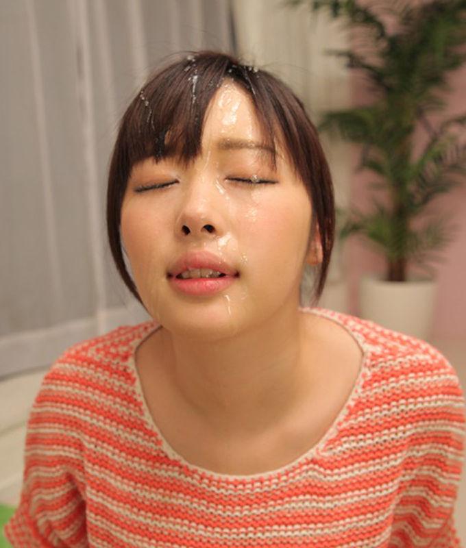 【顔射エロ画像】女の子の顔にフィニッシュするという満足感が堪らない顔射 25