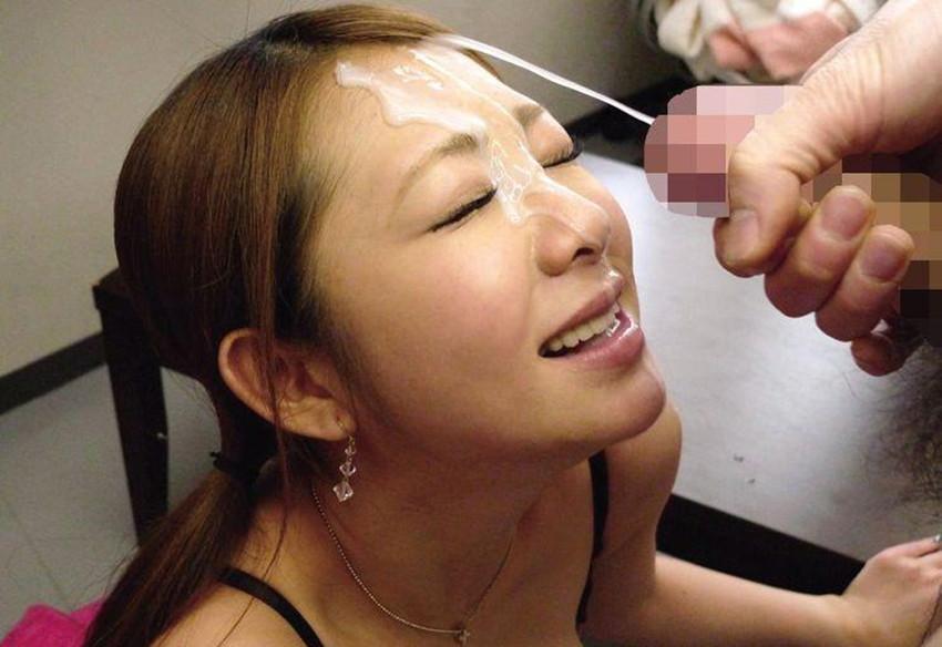 【顔射エロ画像】女の子の顔にフィニッシュするという満足感が堪らない顔射 42