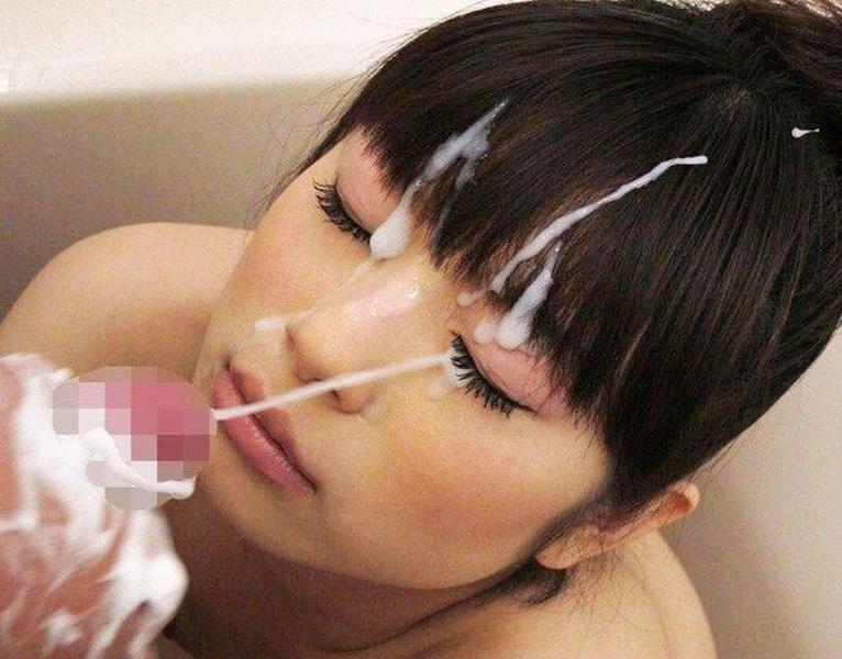【顔射エロ画像】女の子の顔にフィニッシュするという満足感が堪らない顔射 48