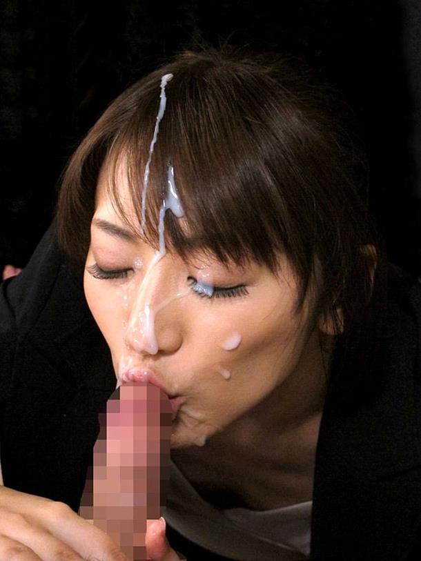 【顔射エロ画像】女の子の顔にフィニッシュするという満足感が堪らない顔射 50