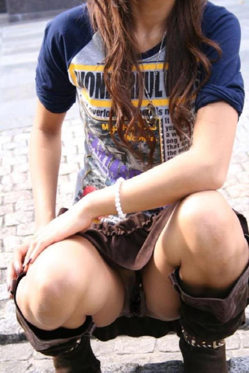 【街撮りパンチラエロ画像】街中で見かけた偶然のエロスに下半身沸騰間違いなし! 49