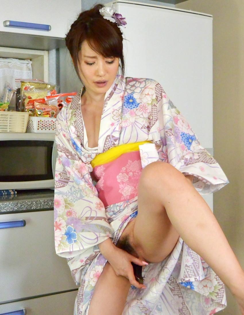 【和服エロ画像】やっぱり大和撫子が好き!日本人でよかった!和服エロ画像 13