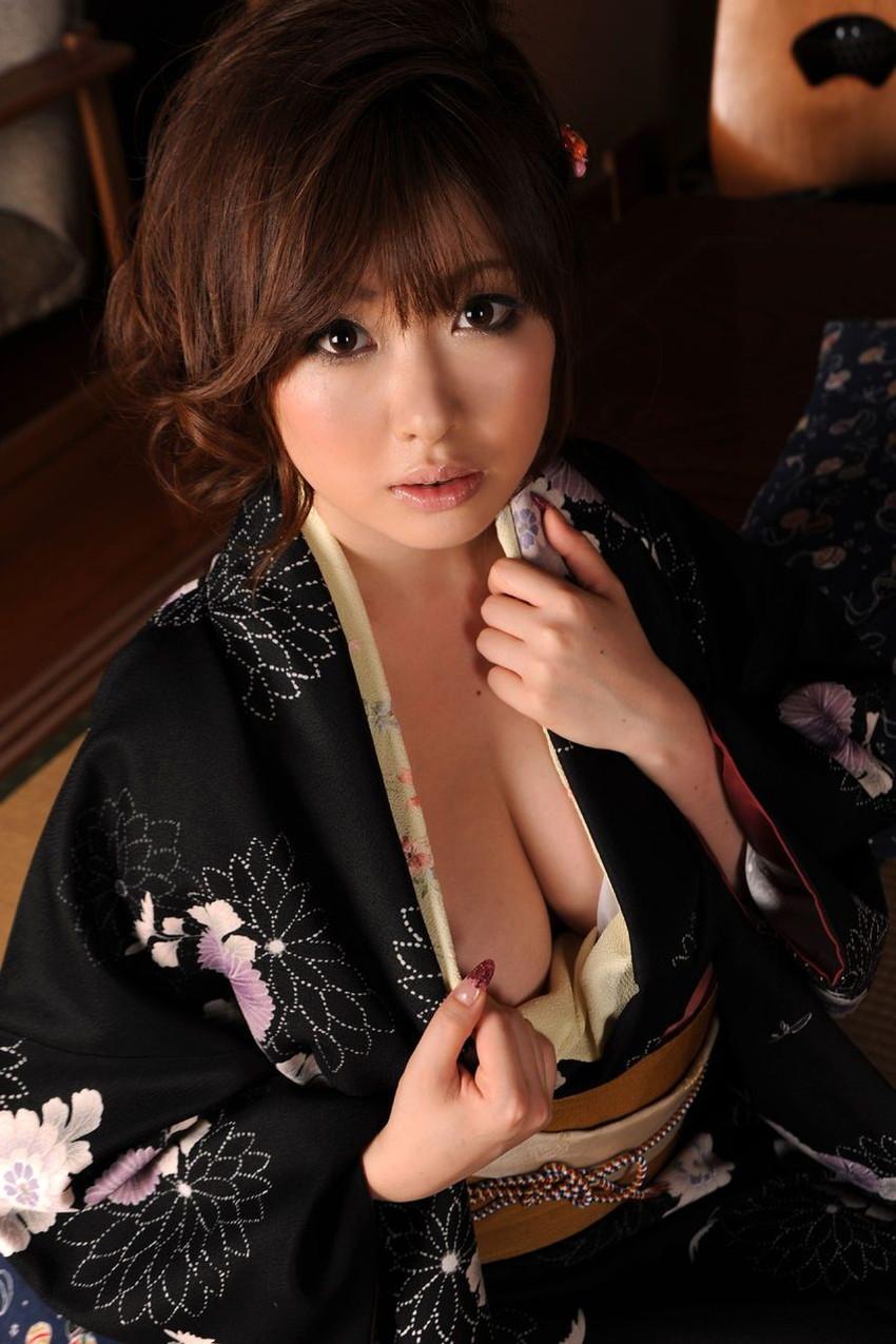 【和服エロ画像】やっぱり大和撫子が好き!日本人でよかった!和服エロ画像 21