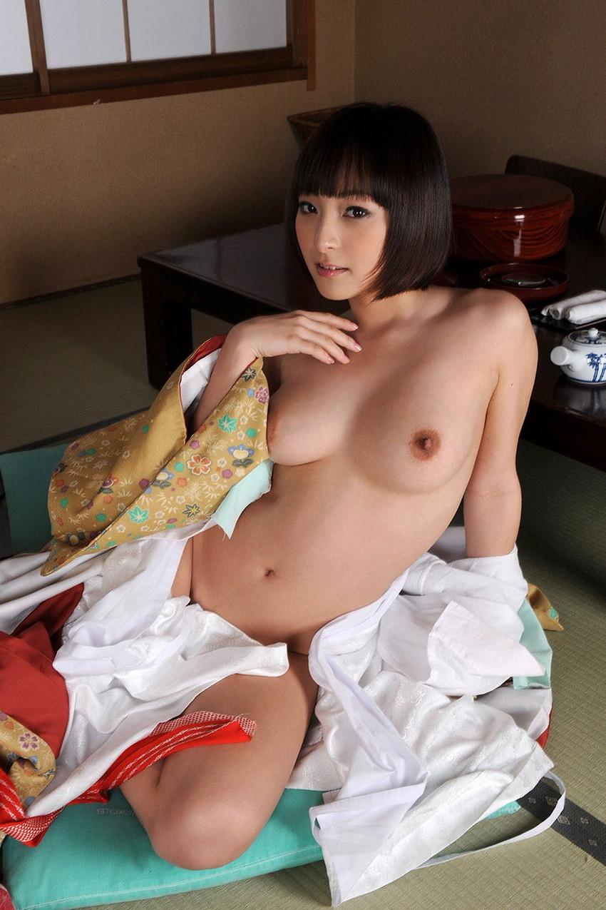 【和服エロ画像】やっぱり大和撫子が好き!日本人でよかった!和服エロ画像 51