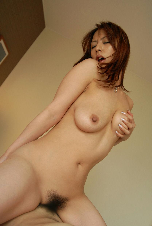 【悦顔エロ画像】セックスの最中、表情を悦に染める女たちにフル勃起確定! 16