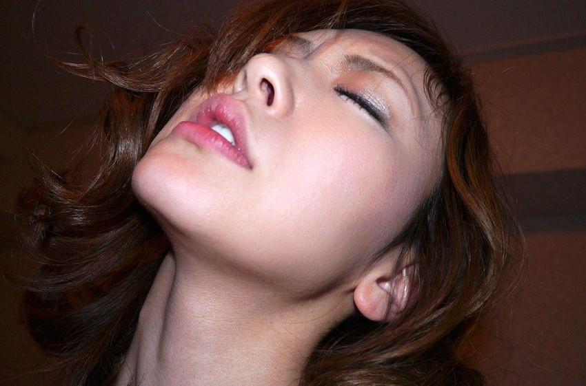 【悦顔エロ画像】セックスの最中、表情を悦に染める女たちにフル勃起確定! 35