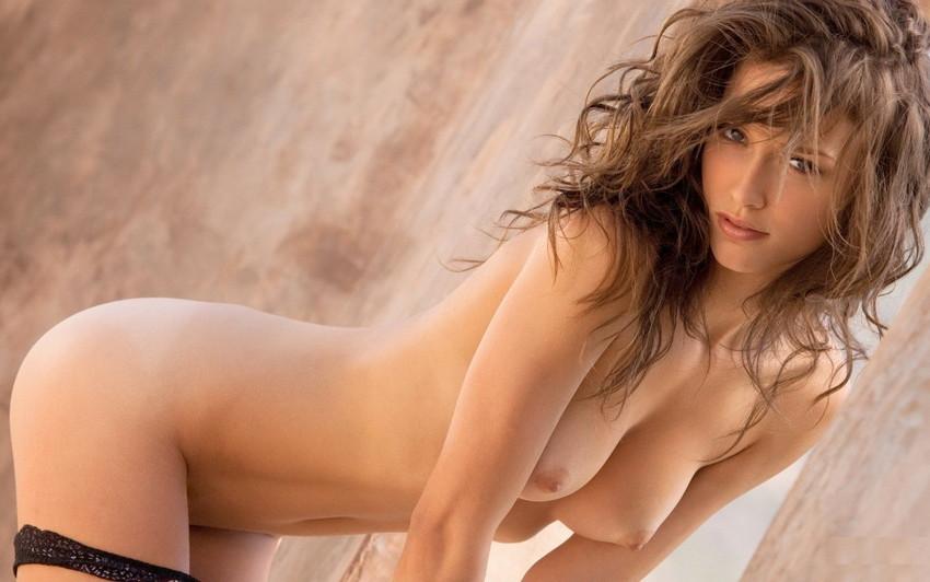 【白人女性エロ画像】まるで映画のヒロイン!美しすぎる白人女性ヌード! 09