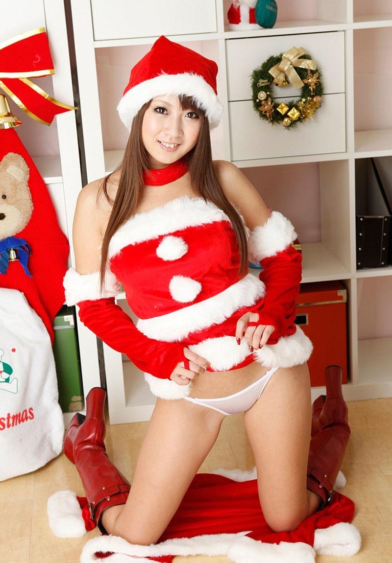 【サンタコスプレエロ画像】こんなサンタがプレゼントもってきてくれたら勝ち組決定! 08