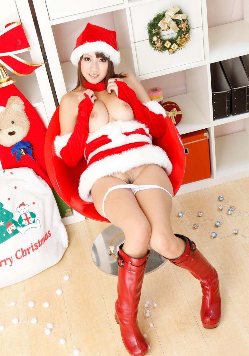 【サンタコスプレエロ画像】こんなサンタがプレゼントもってきてくれたら勝ち組決定! 31