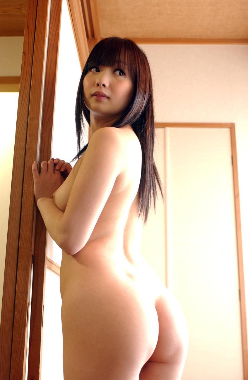 【美尻エロ画像】丸みを帯びた美しい女の子のお尻!美尻特集! 19