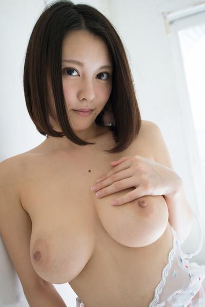 【巨乳エロ画像】これぞ求めていたおっぱいだろ!?美巨乳の女の子たちのエロ画像 52