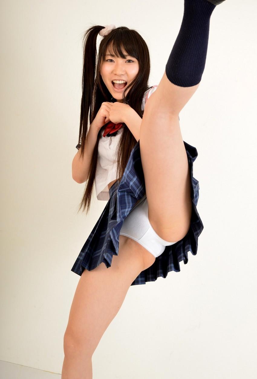 【JKコスプレエロ画像】JKの制服コスプレをした女の子たちに誘惑されてしまいたい! 11