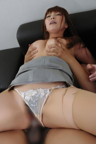 【着衣セックスエロ画像】着衣のままセックスするという興奮に勃起不可避! 18